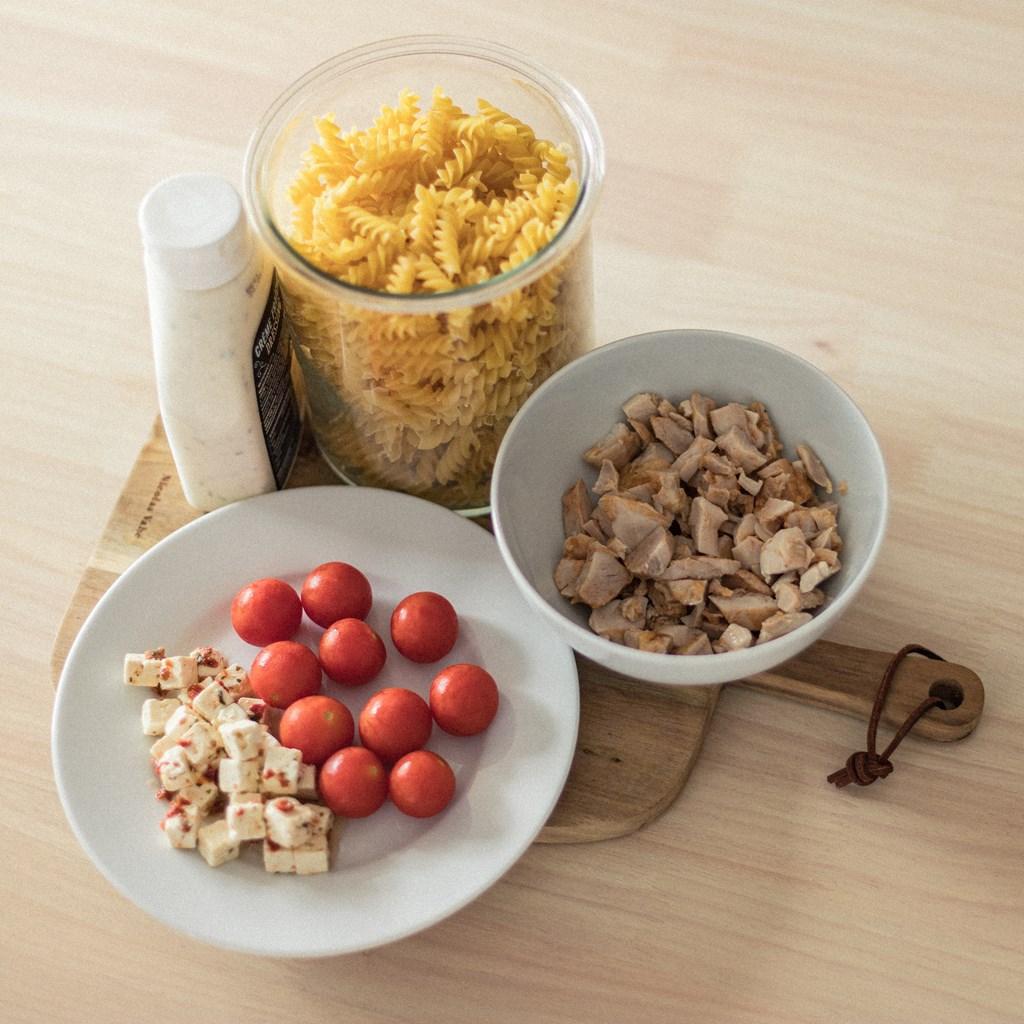 FOOD PREP: Enkel pastasalat med kylling